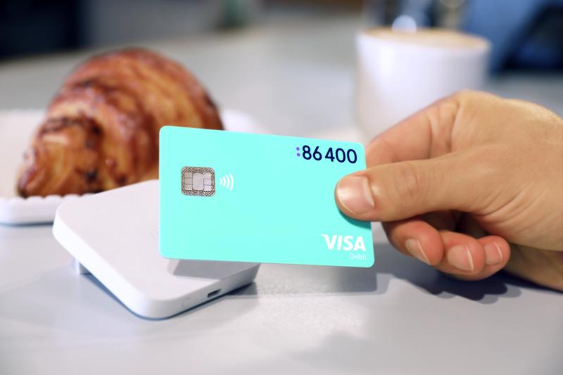 86 400 visa debit card in use