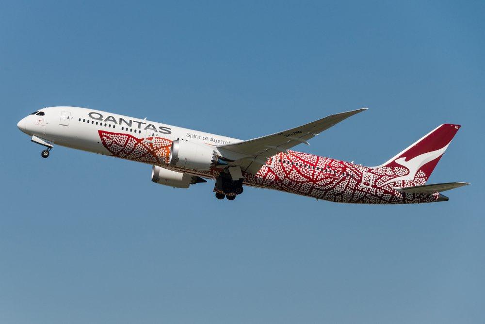 Qantas_1_hero.original.jpg