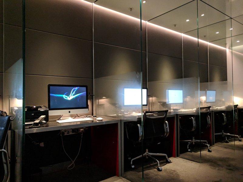 Workspace at The Wing Lounge Hong Kong.