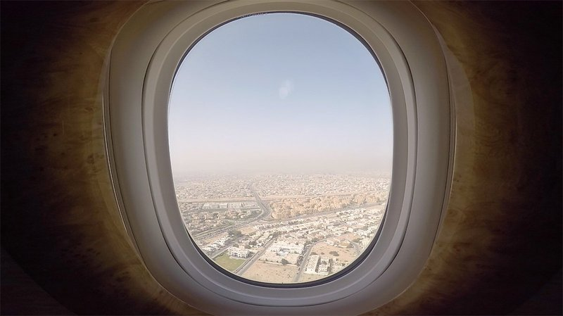 The view from Seat 1A as we make the descent into Dubai.