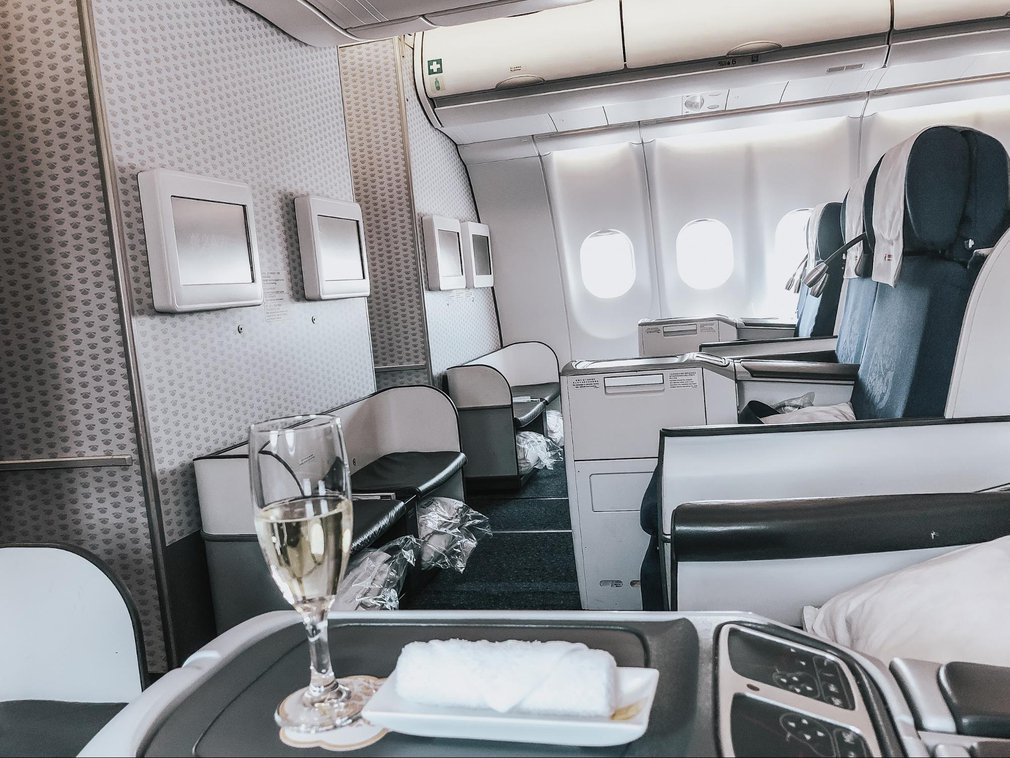 China Eastern A330 Business cabin