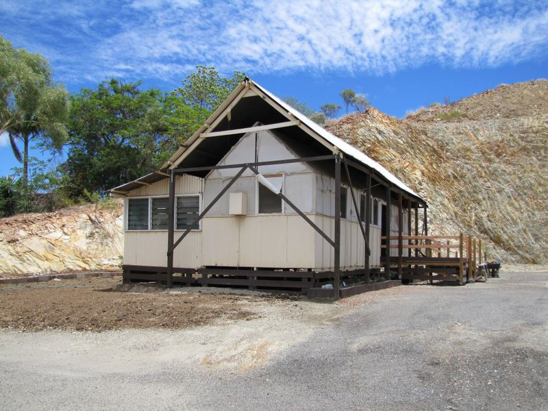 The Mount Isa tent house was a common example of housing for mining workers in the 1930s. (Image: Wikipedia)
