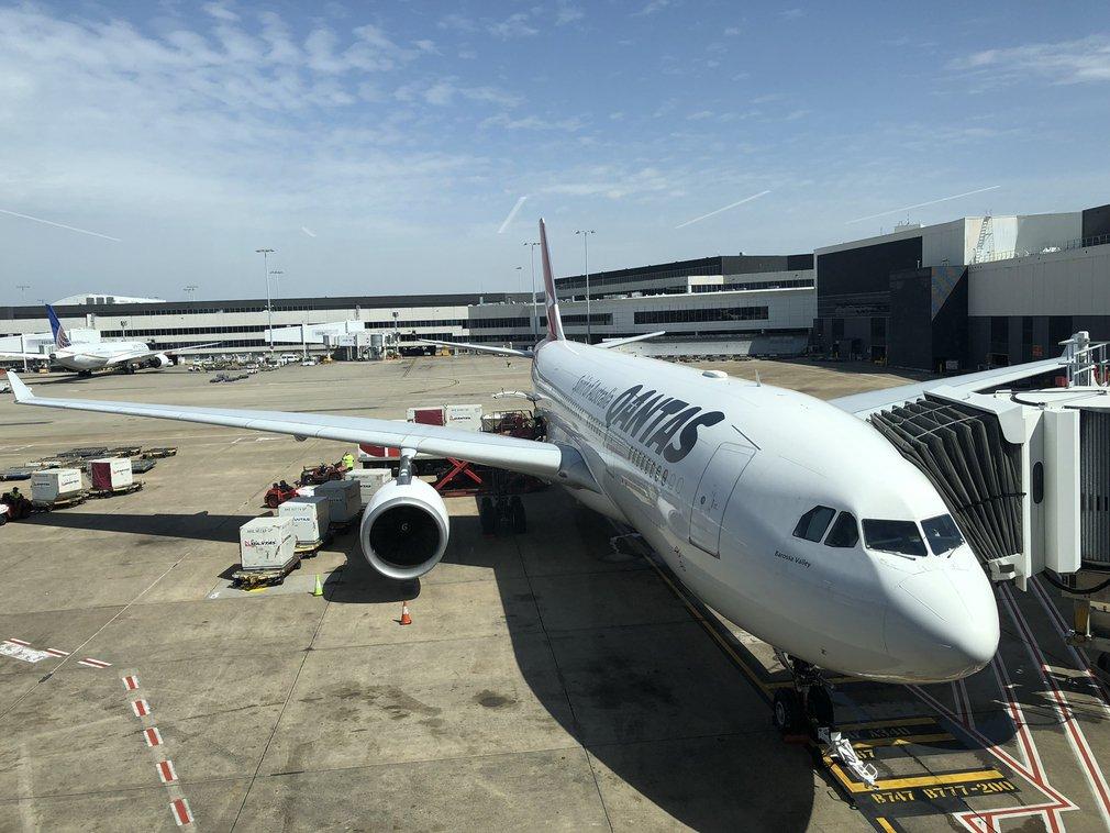 Qantas A330 Sydney