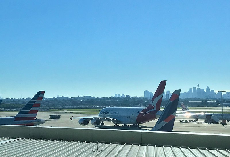 For AV geeks like me, the view from the Qantas Business Lounge at T1 never grows old.