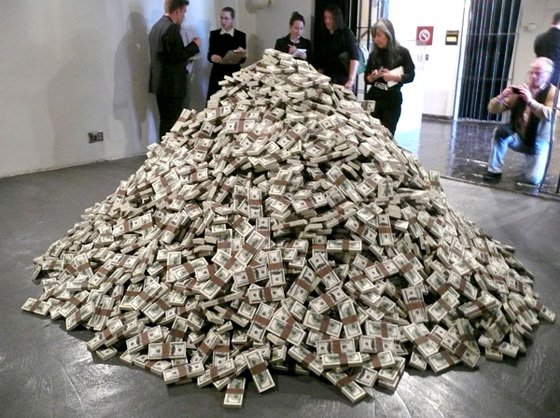 Srdjan Loncar's Value questions the value of money. (Image: Artnet)